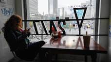 Общепиту сокращают часы  / Ресторанам в Москве снова ограничивают работу