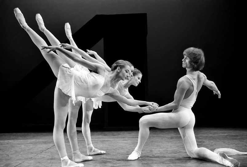 Первую оригинальную хореографию — балет «Танкред» на музыку Ханса Хенце — артист представил в 1966 году в Венской опере