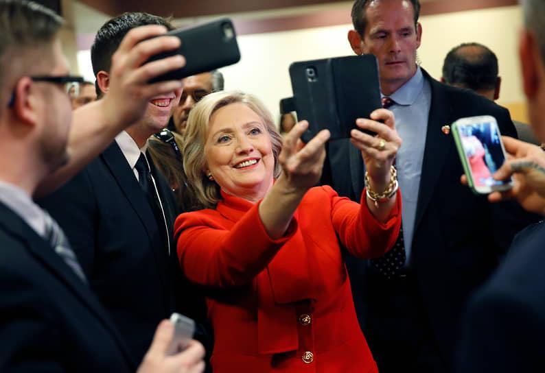 Кандидат в президенты США от Демократической партии Хиллари Клинтон во время посещения казино Caesars Palace, 2016 год