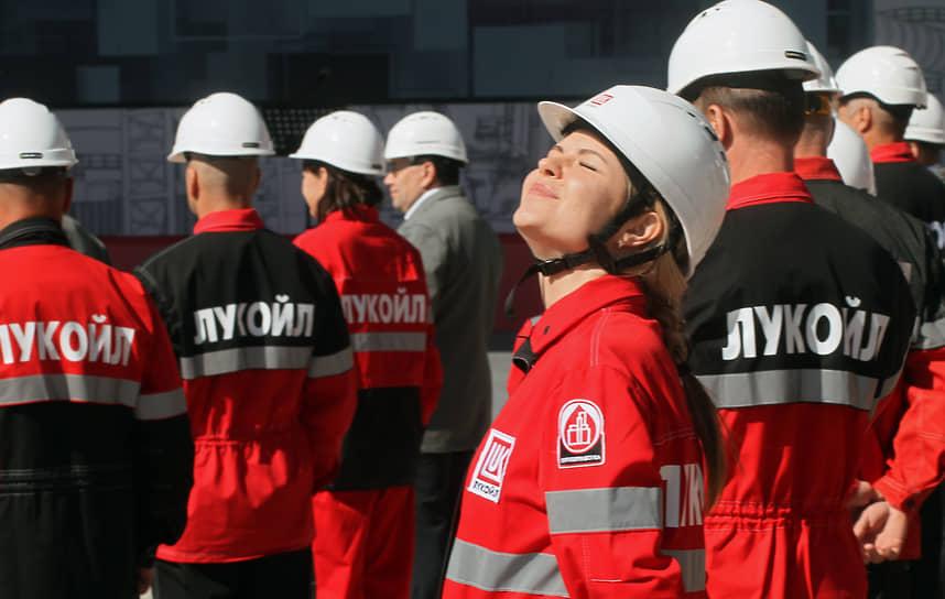 Кстово, Нижегородская область. Церемония запуска комплекса изомеризации нефти «Пенекс»