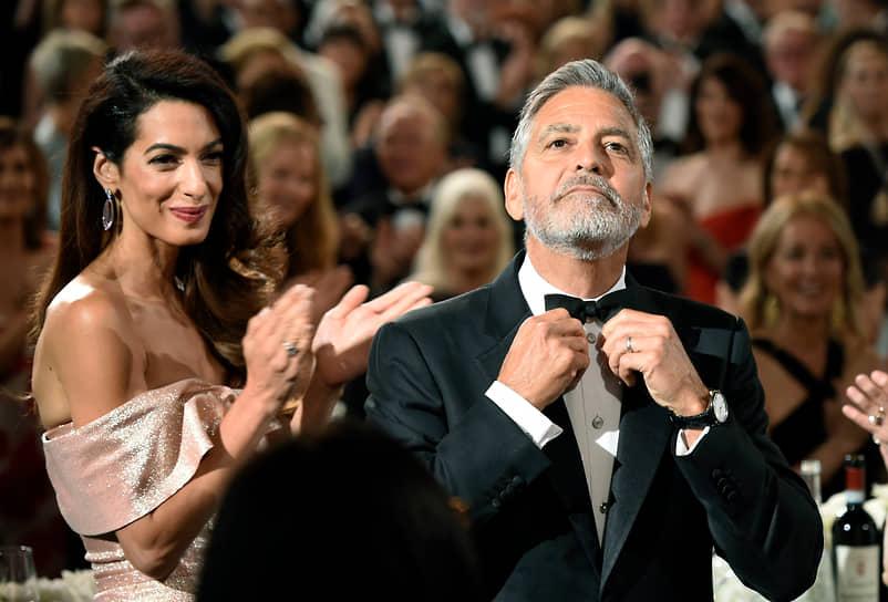 Джордж Клуни возглавил топ самых зарабатывающих актеров в 2018 году, несмотря на то что последние несколько лет он не снимался в громких блокбастерах. Актер вошел в рейтинг с годовым доходом $239 млн после продажи принадлежащего ему бренда текилы Casamigos