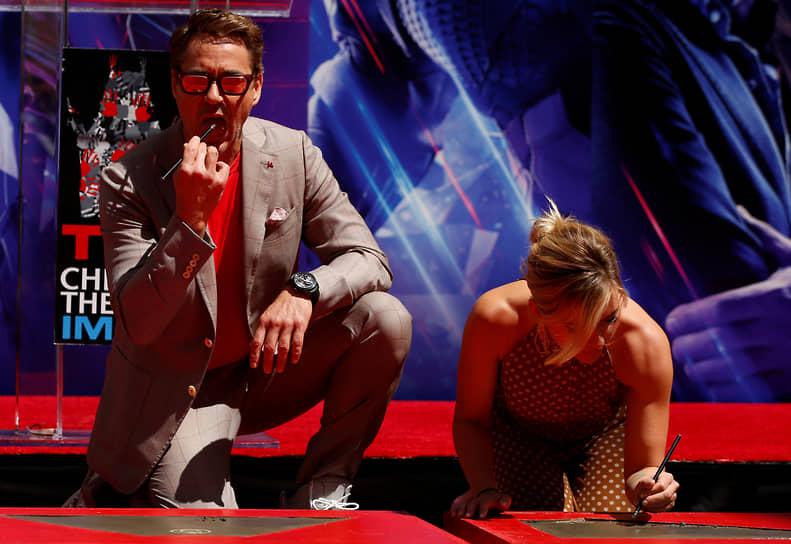 В 2013-2015 годах в рейтинге самых зарабатывающих актеров лидировал Роберт Дауни-младший. За три года $230 млн дохода ему принесли главным образом роли в супергеройских франшизах «Мстители», «Железный человек» и «Человек паук». В 2018-2019 годы с доходом в $147 млн он занимал третье место в рейтинге Forbes