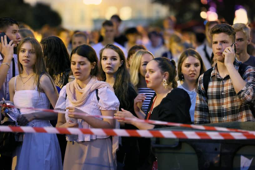 26 июля в Санкт-Петербурге состоялся праздник выпускников средних школ «Алые паруса»