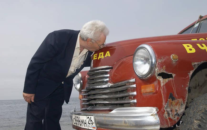 С 1949 года с конвейера стали сходить «Победы» второй производственной серии, которые значительно превосходили по качеству первые модели