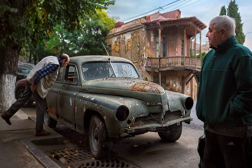 В 1958 году была выпущена последняя серийная «Победа».  За 12 лет изготовили 235, 9 тыс. таких машин. Из них 14,2 тыс. кабриолетов, 37,5 тыс. специальной версии такси