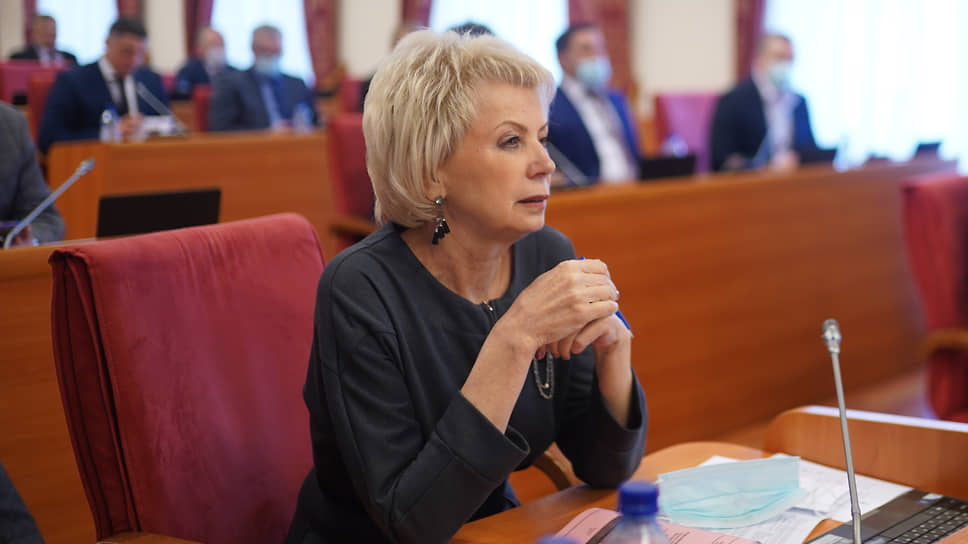 Депутат Лариса Ушакова