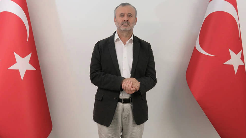 Глава сети киргизских образовательных учреждений «Сапат» Орхан Инанды