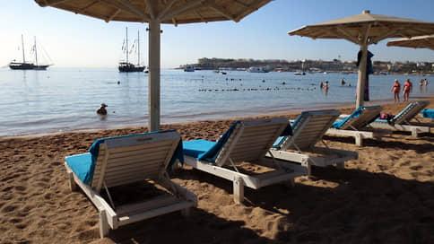 Туристов отправляют в Египет  / Мораторий на чартерные рейсы на курорты страны отменен