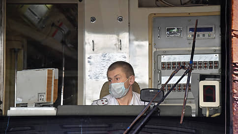 В метро только после прививки  / В Москве начали отстранять от работы непривитых сотрудников подземки и водителей трамваев