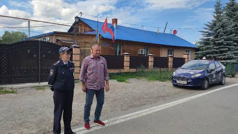 Тобольский депутат наехал на стоячего полицейского  / Сергея Вакарина исключили из «Единой России» и отдали под следствие