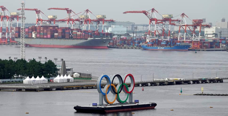 Несмотря на жесткие ограничения, организаторы токийской Олимпиады уже столкнулись со вспышками заболевания COVID-19