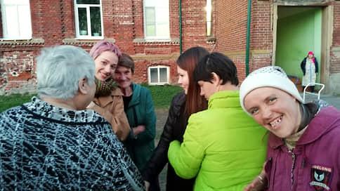 «Да кто ж нас выпустит»  / Как в Нижнем Новгороде начали реформу ПНИ