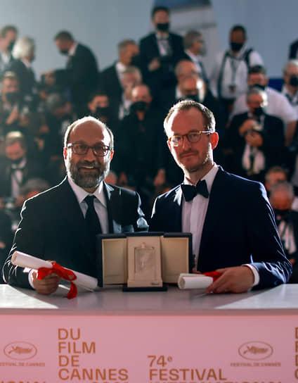 Гран-при получили картина иранского режиссера Асгара Фархади (слева) «Герой» и лента финна Юхо Куосманена «Купе номер шесть»