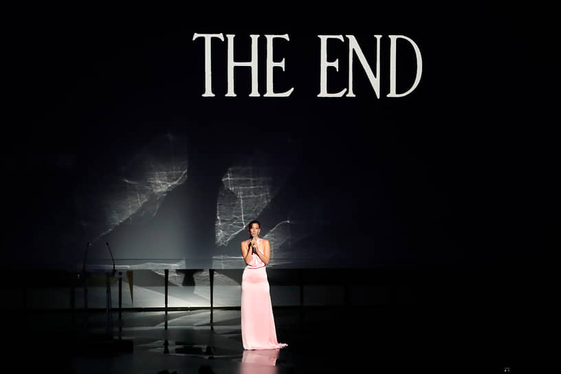 Вела церемонию закрытия 74-го Каннского кинофестиваля актриса Дория Тилье