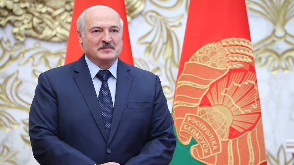 Александр Лукашенко пошел на поправки
