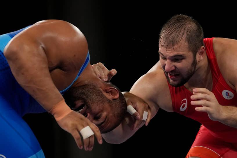 Бронза. Сергей Семенов. Греко-римская борьба, весовая категория до 130 кг
