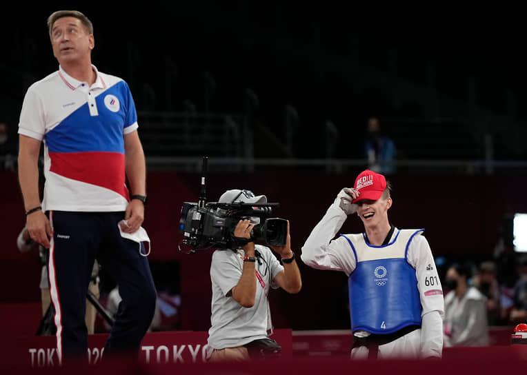 Золото. Максим Храмцов (справа). Тхэквондо в весовой категории до 80 кг