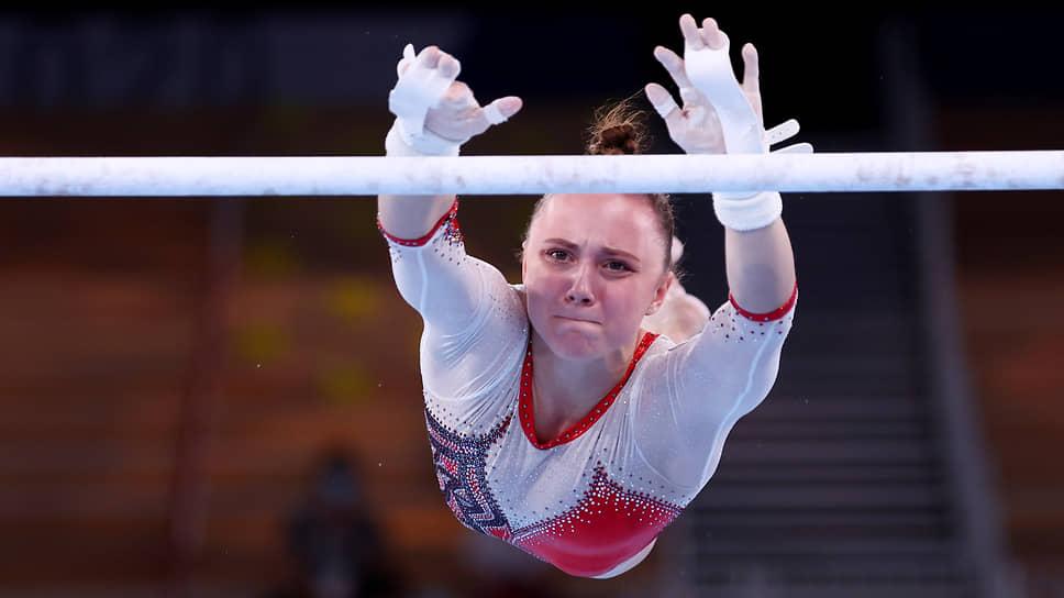 Серебро. Анастасия Ильянкова. Упражнения на разновысоких брусьях