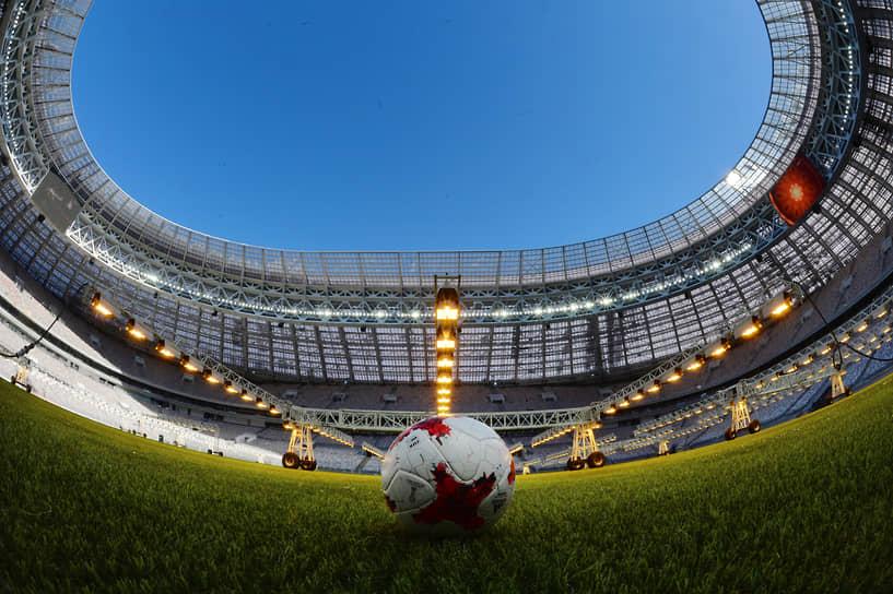 В 2018 году «Лужники» приняли семь матчей чемпионата мира, в том числе и матч открытия турнира с участием сборной России 14 июня, одну встречу 1/8 финала, один из полуфиналов 11 июля и финальную игру турнира 15 июля