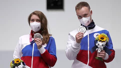 Серебряные попадания  / Виталина Бацарашкина и Артем Черноусов стали вторыми на олимпийском турнире по стрельбе из пневматического пистолета в миксте