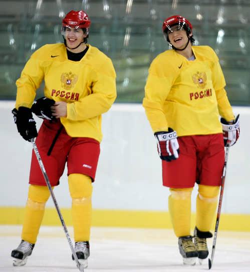 На чемпионате России спортсмен дебютировал в сезоне 2003/2004, в составе «Металлурга». Свою первую шайбу он забил 12 сентября 2003 года в матче с ярославским «Локомотивом»