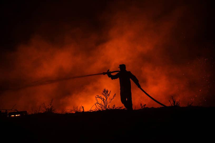 Возгорание началось 28 июля неподалеку от курорта Манавгат в турецкой провинции Анталья