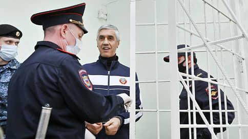 Анатолий Быков сэкономил на киллере Живице  / Закончено уголовное дело в отношении алюминиевого короля