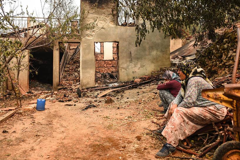 Анталья, Турция. Дом, сгоревший в результате лесных пожаров