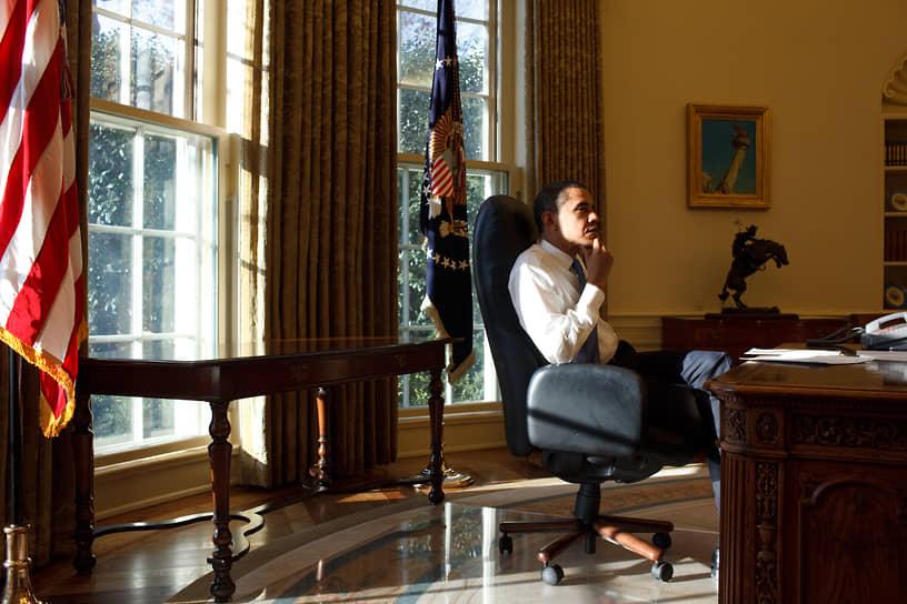 В 2009 году Барак Обама получил Нобелевскую премию мира за «экстраординарные усилия» в укреплении международной дипломатии
