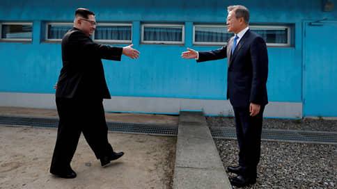 Сеул и Пхеньян взялись за трубки мира // Южная Корея и Северная Корея возобновили контакты