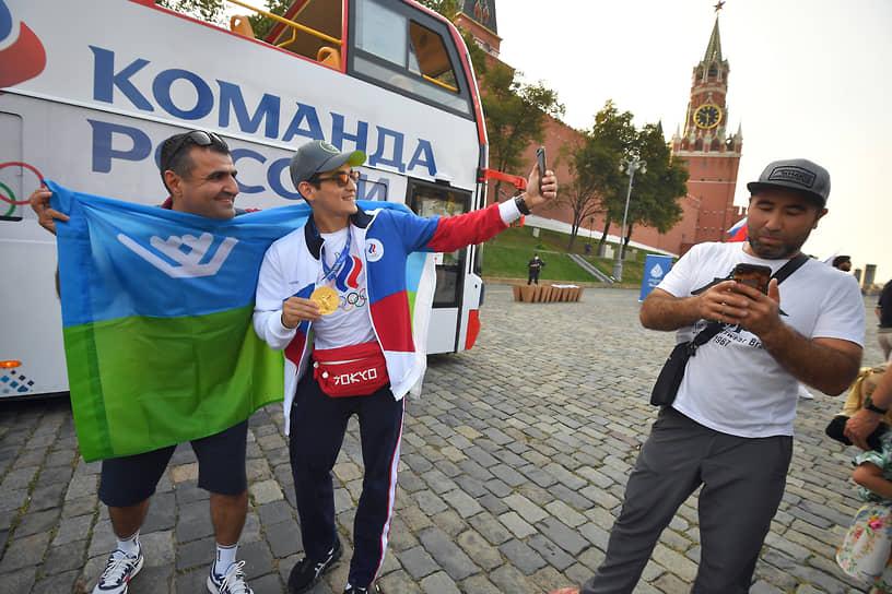 Российские спортсмены на Олимпиаде в Токио завоевали 20 золотых, 28 серебряных и 23 бронзовые награды. Сборная заняла пятое место в медальном зачете