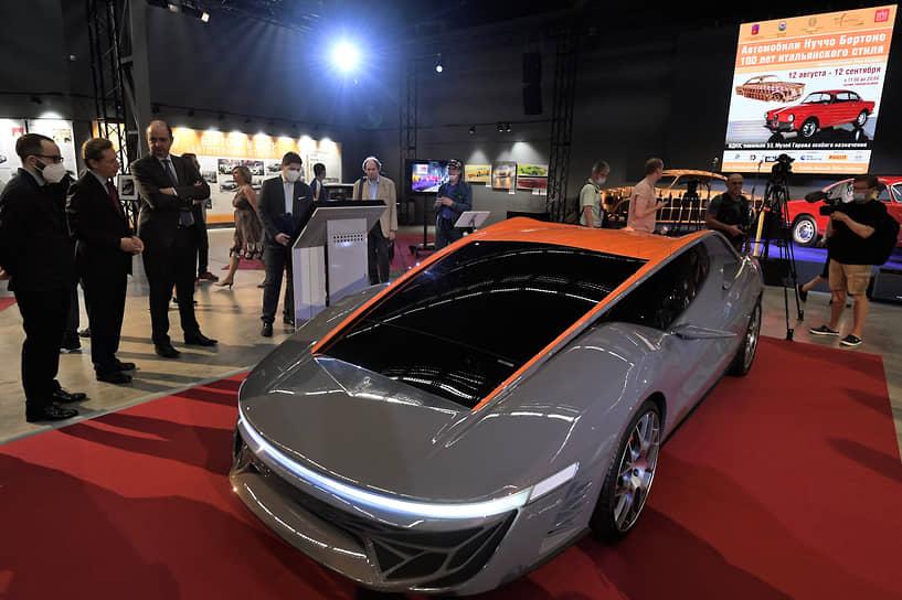 Концепт-кар Nuccio, созданный к столетию ателье Bertone, был представлен на Женевском автосалоне в 2012 году