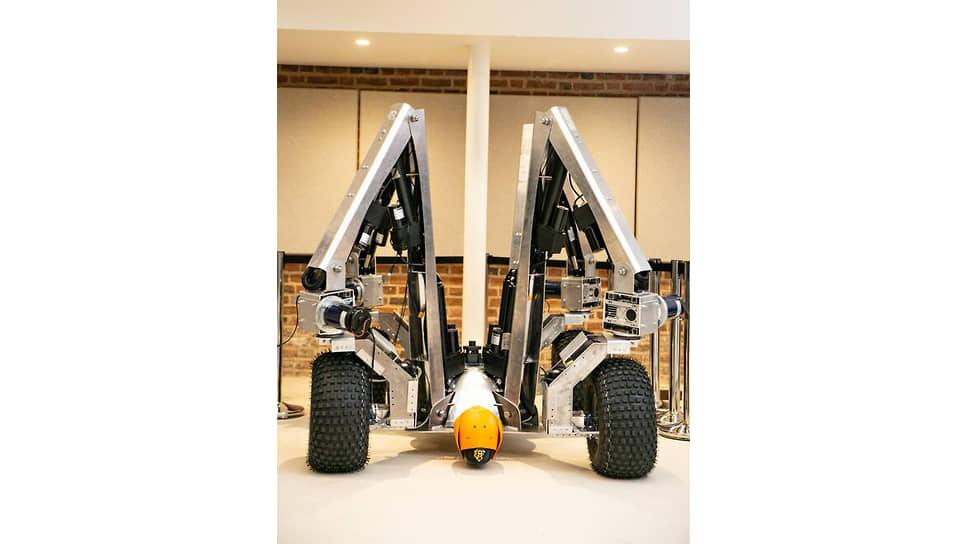 Робот Dick компании Small Robot Company