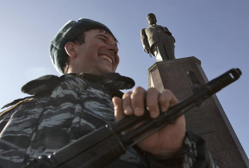Именем президента Чечни названы футбольный клуб, спорткомплекс, музей, парк культуры и отдыха, площадь и проспект в Грозном. С 2004 года работает Региональный общественный фонд имени Ахмата Кадырова, который возглавляет его вдова Аймани Кадырова. В 2005 году в Грозном была установлена статуя президента высотой 10 м работы Зураба Церетели