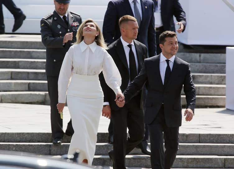 Киев, Украина. Президент Украины Владимир Зеленский (справа) и его супруга Елена во время парада в честь Дня независимости