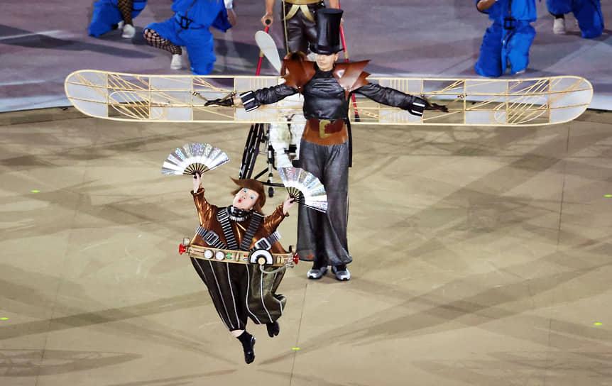 Шоу во время церемонии открытия Паралимпиады
