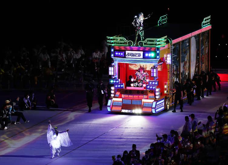 Шоу во время церемонии открытия
