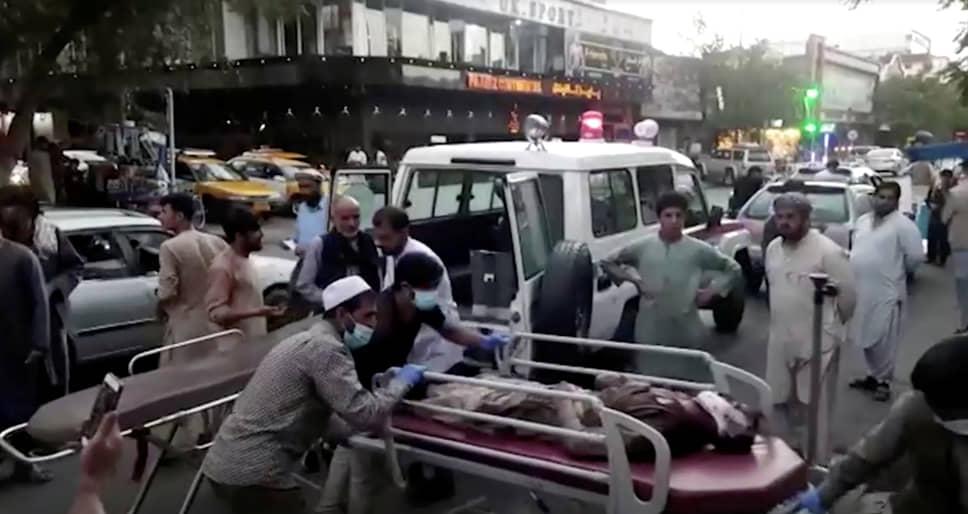 26 августа в аэропорту Кабула прогремели несколько взрывов, погибли более ста человек. Ответственность взяла на себя запрещенная в России террористическая группировка «Исламское государство»