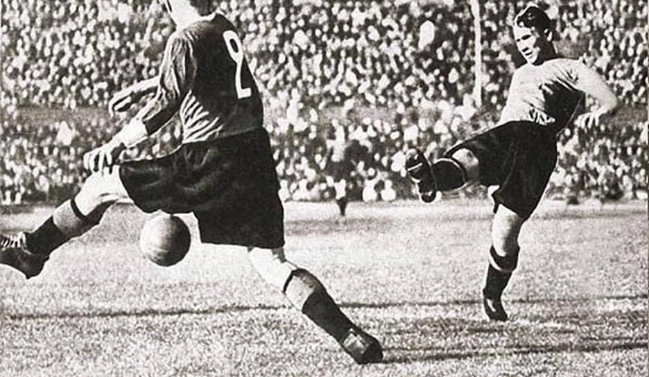 23 февраля 1928 года в Москве был создан Центральный дом Красной армии, а в мае того же года команда примкнула к новой армейской организации в качестве спортивной секции, получив название ЦДКА. Осенью 1935 года ЦДКА стал победителем чемпионата Москвы