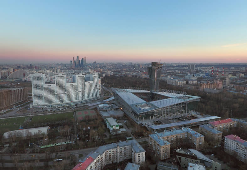 «ВЭБ Арена» — домашний стадион ЦСКА. Его строительство на месте старого стадиона ЦСКА началось в мае 2007 года и растянулось на 9 лет. Стадион официально открыт 12 сентября 2016 года. Окончательная стоимость арены составила $350 млн