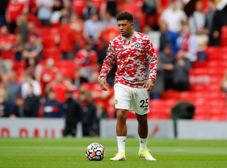 23 июля 21-летний полузащитник сборной Англии Джейдон Санчо официально перешел в «Манчестер Юнайтед» из дортмундской «Боруссии». Контракт рассчитан на пять лет с возможностью продления еще на один сезон. Сумма сделки составила €85 млн
