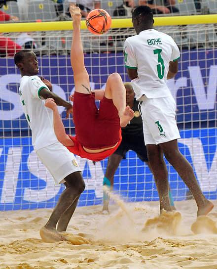 Москва. Финальный матч чемпионата мира по пляжному футболу между сборными Швейцарии и Сенегала