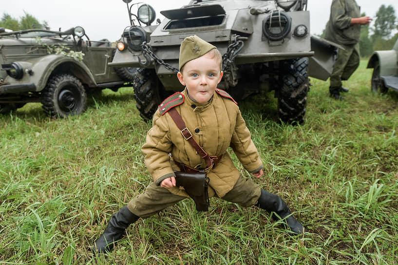 Новосибирская область. Реконструкция событий Великой Отечественной войны на фестивале «Сибирский огонь»