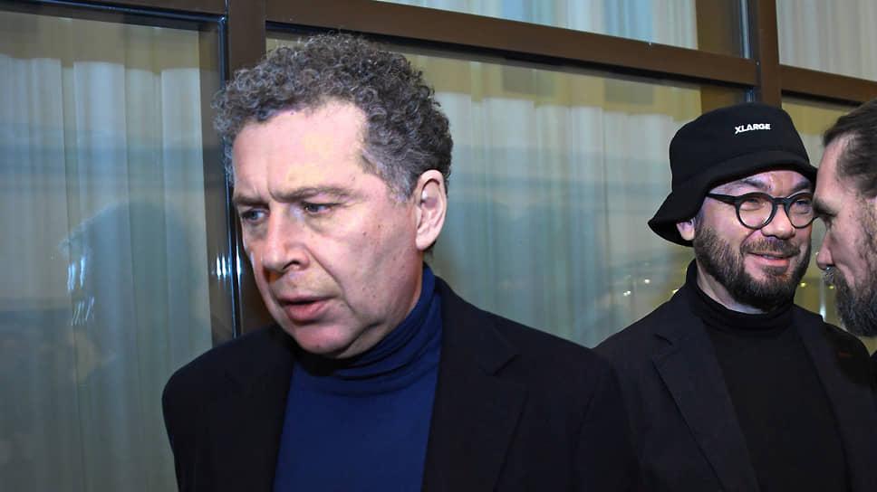 Бизнесмен Александр Мамут (слева)