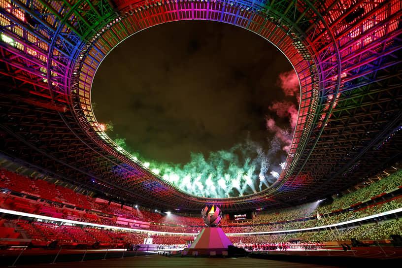 Церемония закрытия Паралимпийских игр в Токио прошла под слоганом «Город сияющих различий»