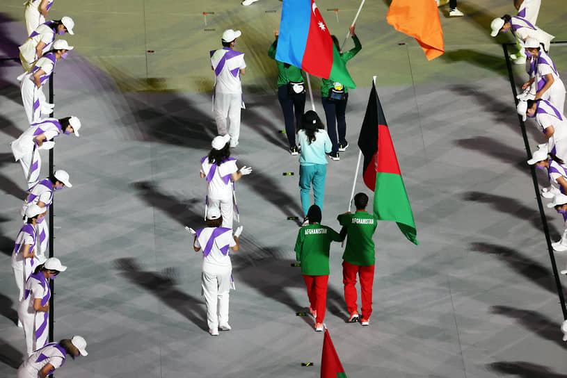 Команда Афганистана на параде атлетов