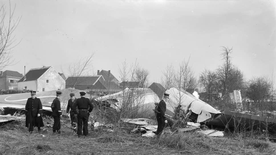 В феврале 1961 года Boeing 707-329  авиакомпании Sabena, летевший из Нью-Йорка в Брюссель, разбился при посадке. В катастрофе погибли 73 человека, в том числе все 18 участников сборной США по фигурному катанию. Они летели в Прагу на чемпионат мира. Соревнования в итоге отменили в знак уважения к погибшим