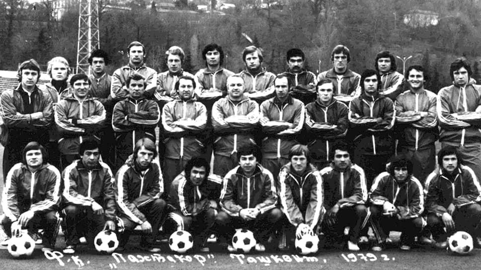 В августе 1979 года над Днепродзержинском столкнулись два Ту-134. В одном из них находились 14 футболистов ташкентского «Пахтакора», следовавшие в Минск на матч чемпионата СССР. Всего в той трагедии погибли 178 человек