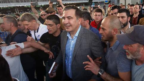 Михаила Саакашвили в Грузии ждут не все // В Тбилиси отреагировали на обещание экс-президента вернуться на родину