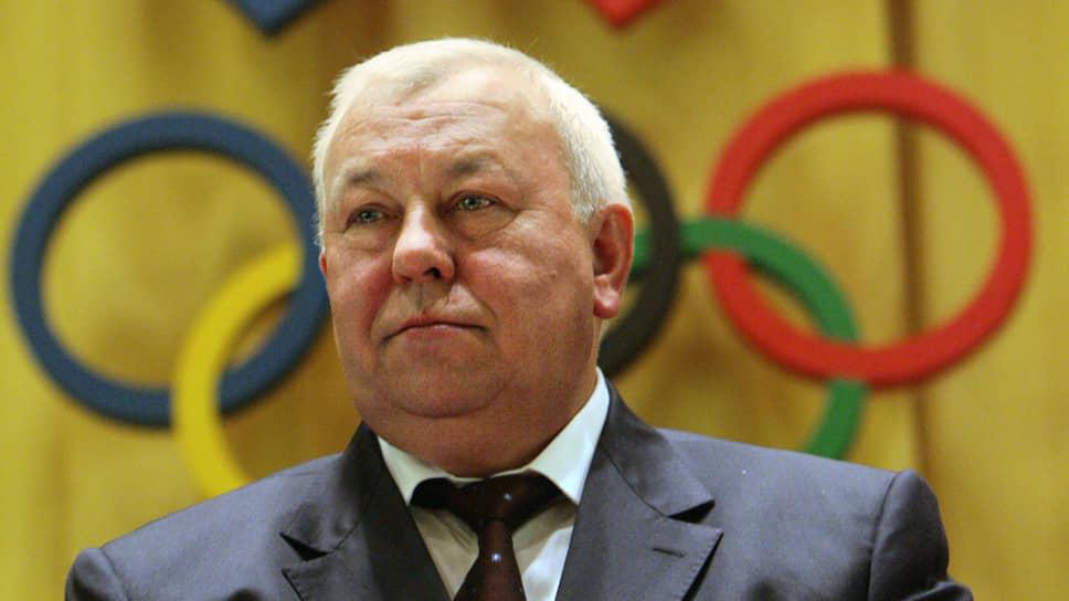 <b>Евгений Муров</b>  <br>Руководил ФСО с 2000 по 2016 год. С 2007 по 2009 год был президентом Федерации бокса России, позже возглавлял Высший наблюдательный совет ФБР. С 2016 года — председатель совета директоров российской государственной нефтяной компании «Зарубежнефть»